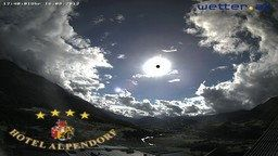 Hotel Alpendorf Webcam