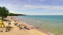 EarthCam: Lake Michigan Beach Cam