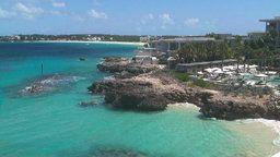Anguilla Cam - Aleta Pool